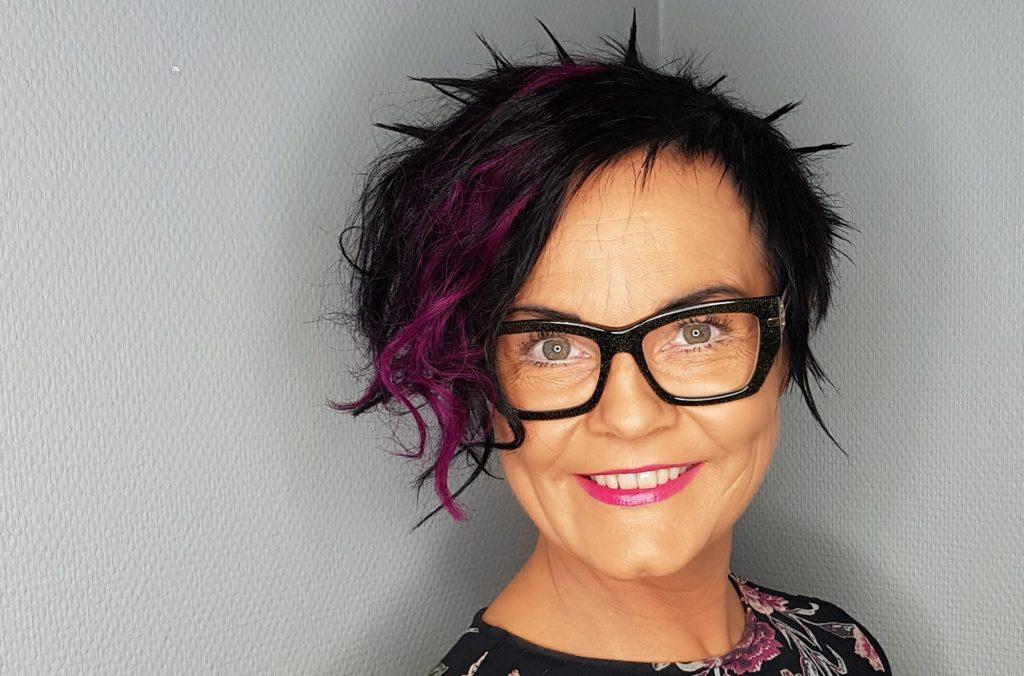 Jurymedlemmene presenteres – dagens kvinne: Anne Guri Frøystein