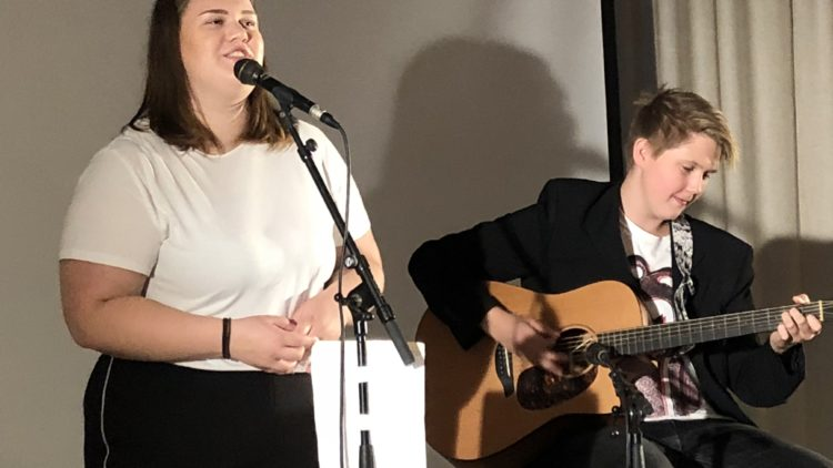 Drømmestipendmottaker sang under Arendalsuka 2018